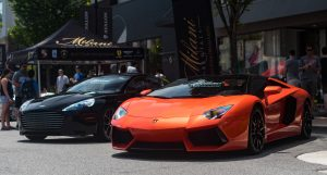 How to Hire a Luxury Car for a Graduation Party 1